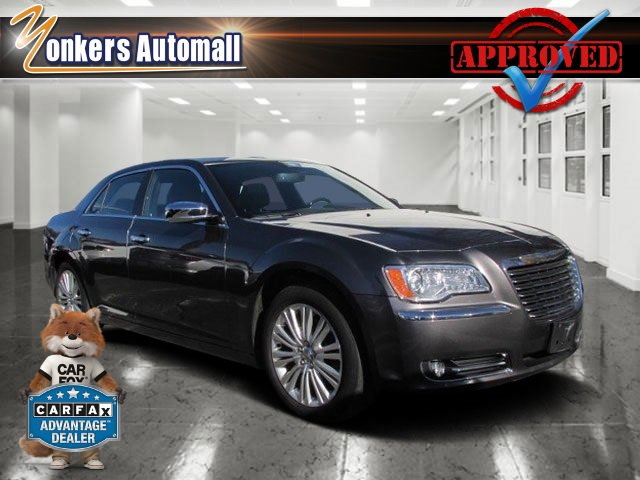 2013 Chrysler 300 300C Granite Crystal MetallicBlack V6 36L Automatic 46368 miles AWD Navig