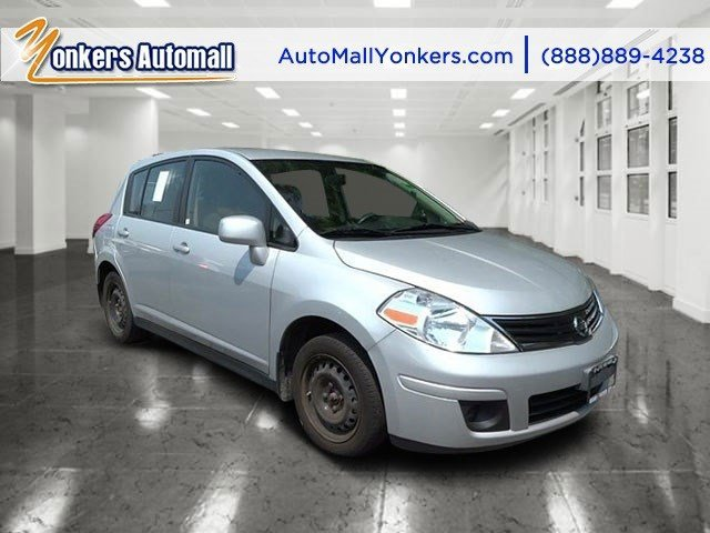 2012 Nissan Versa S Brilliant Silver MetallicCharcoal V4 18L Automatic 45231 miles clean cafa