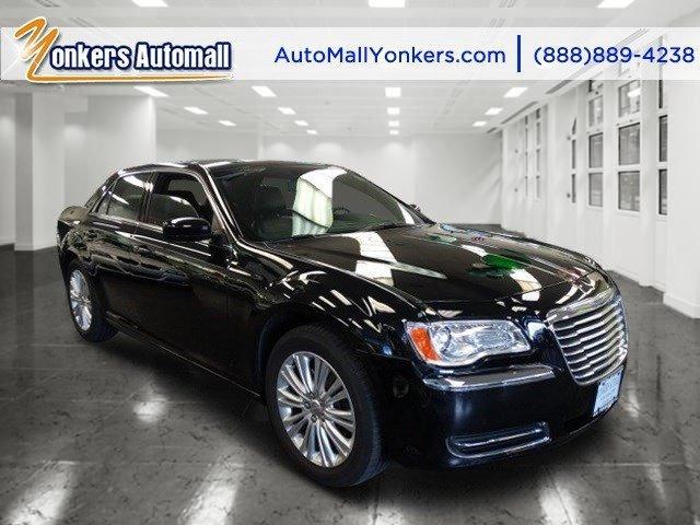 2014 Chrysler 300 AWD Gloss BlackBlack V6 36 L Automatic 18925 miles 2014 Chrysler 300 AWD
