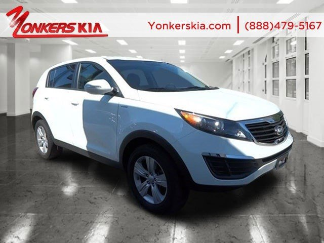 2012 Kia Sportage LX Clear WhiteAlpine Gray V4 24L Automatic 25930 miles AWD Bluetooth and