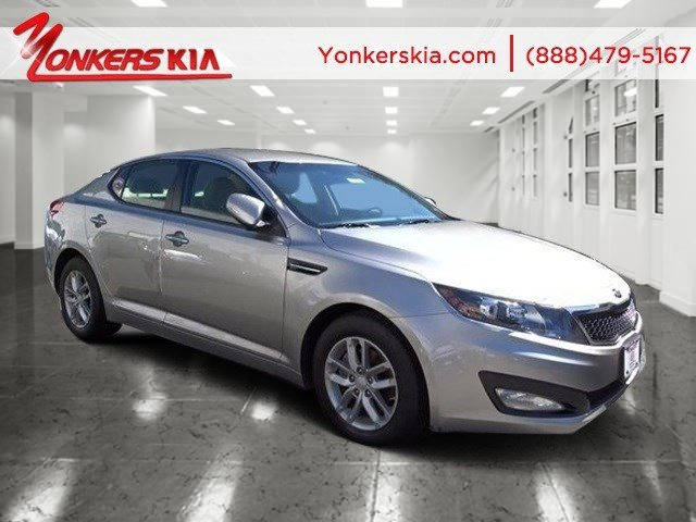 2013 Kia Optima LX Bright Silver MetallicBeige V4 24L Automatic 20601 miles Bluetooth and sat