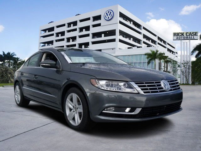 2016 Volkswagen CC Sport GrayBlack V4 20 L Automatic 20 miles The Volkswagen CC is known for