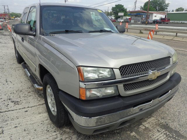 2004 Chevrolet Silverado 1500 LS Silver Birch MetallicMedium Gray V8 48L Automatic 164000 mile