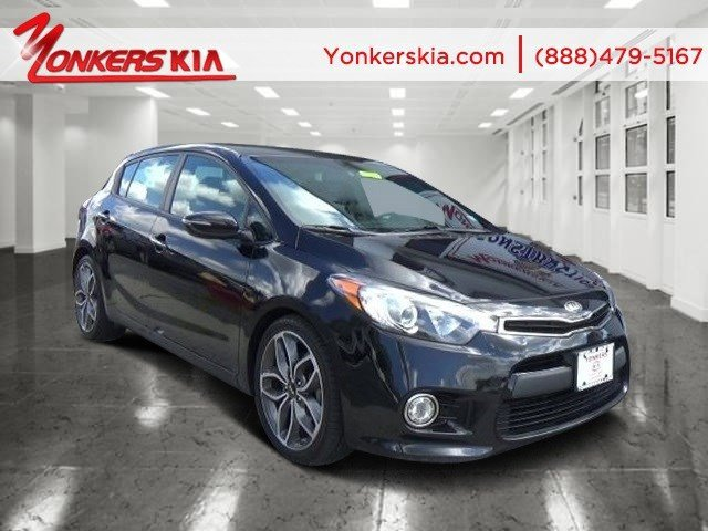 2015 Kia Forte 5-Door SX Aurora BlackBlack V4 16 L Automatic 19784 miles Solid and stately t