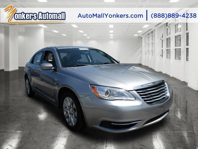 2013 Chrysler 200 LX Billet Silver MetallicBlackLight Frost Beige V4 24L Automatic 40223 mile