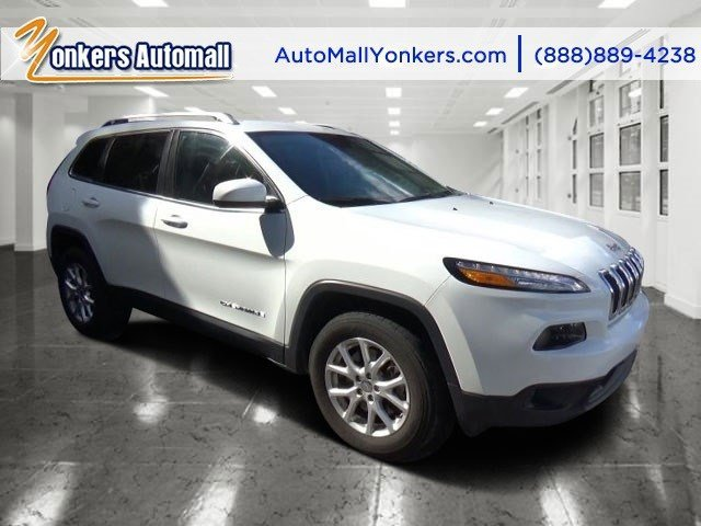 2015 Jeep Cherokee Latitude Bright White ClearcoatBlack V4 24 L Automatic 30225 miles Bold an