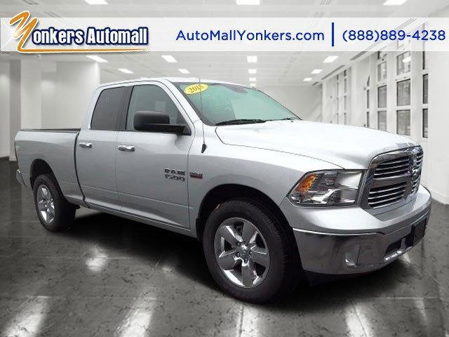 2015 Ram 1500 Big Horn Bright Silver Metallic ClearcoatDiesel GrayBlack V8 57 L Automatic 184