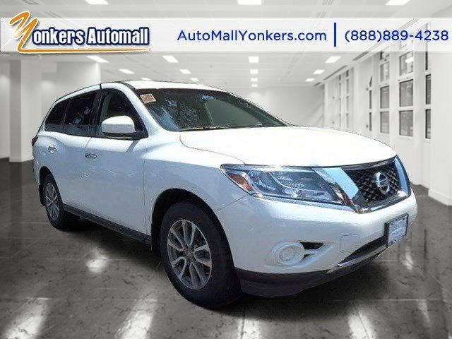 2013 Nissan Pathfinder SV Moonlight WhiteCharcoal V6 35L Automatic 35046 miles Yonkers Auto M