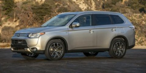 2015 Mitsubishi Outlander SE Cool Silver MetallicBlack V4 24 L Variable 5 miles  Four Wheel Dr