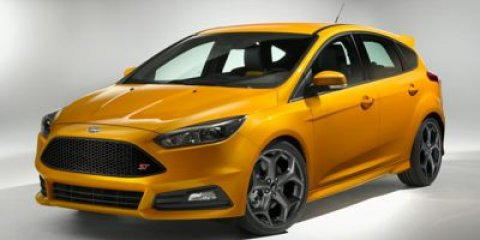2015 Ford Focus ST Tuxedo Black MetallicCharcoalPerformance Blue V4 20 L Manual 4 miles Welc