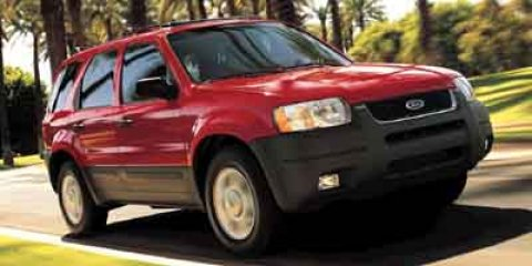 2003 Ford Escape XLT FWD FWD Red V6 30L Automatic 134669 miles Bold and beautiful this 2003 F