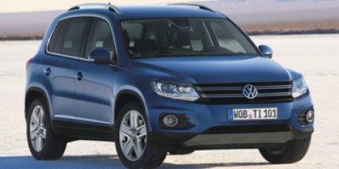 2016 Volkswagen Tiguan SE NITE BLUEBLKBlack V4 20 L Automatic 1 miles ROADSIDE ASSISTANCE KI