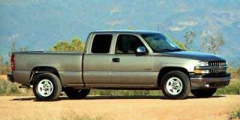2000 Chevrolet Silverado 1500  V8 53L  119501 miles New Arrival AUTOMATIC HEADLIGHTS This 20