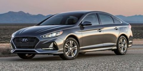 2018 Hyundai Sonata WhiteBeige V4 24 L Automatic 10 miles You cant shorten your commute or k