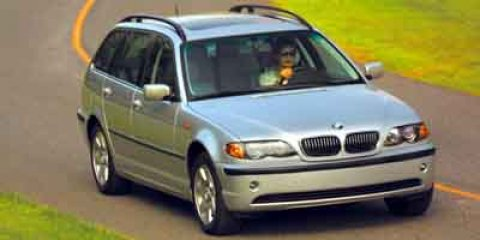 2003 BMW 3 Series 325i Classic Silver V6 25 Automatic 138811 miles Look at this 2003 BMW 3 Ser