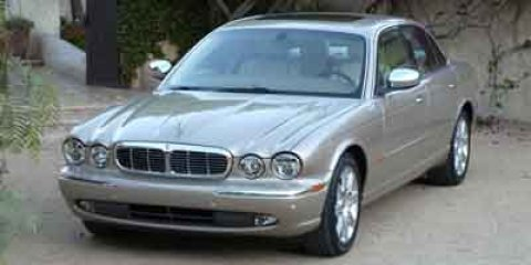 2004 Jaguar XJ VDP  V8 42L Automatic 113988 miles  Traction Control  Rear Wheel Drive  Stabi