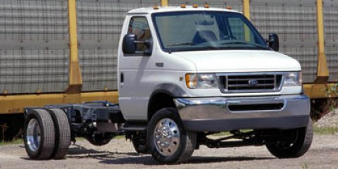 2006 Ford Econoline Commercial Cutaway White V8 60L Automatic 225459 miles  Rear Wheel Drive