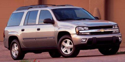2005 Chevrolet TrailBlazer LS Gray V8 53L Automatic 106833 miles  Four Wheel Drive  Tow Hitch