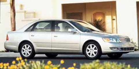 2000 Toyota Avalon XL Diamond White Pearl V6 30L Automatic 227524 miles 4-Speed Automatic with
