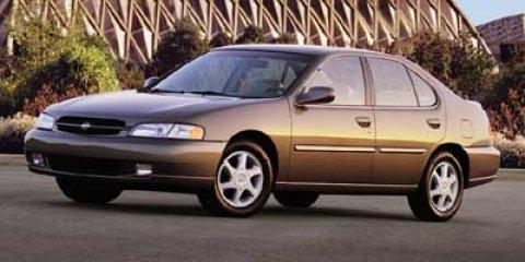 1998 Nissan Altima SE BROWN V4 24L  171483 miles New Arrival This 1998 Nissan Altima SE Inclu
