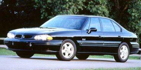 1998 Pontiac Bonneville SE 1SG Burgundy V6 38L Automatic 118163 miles Check out this 1998 Pon