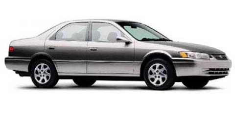 1998 Toyota Camry XLE GOLD V4 22L Automatic 143673 miles  Front Wheel Drive  Tires - Front A