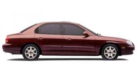 2001 Hyundai Sonata GLS SilverGray V6 25L Automatic 130951 miles  Front Wheel Drive  Tires -