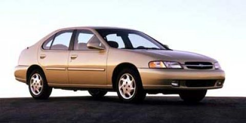 1999 Nissan Altima GLE 0 V4 24L Automatic 130000 miles  Front Wheel Drive  Tires - Front All-