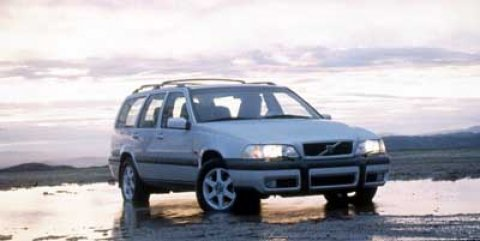 1999 Volvo V70 XC Nautic Blue Met V5 24L Automatic 180138 miles  Turbocharged  Traction Con