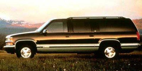 1999 GMC Suburban 4DR 2WD 1500 Summit White V8 57L Automatic 169149 miles  Rear Wheel Drive