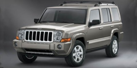 2007 Jeep Commander Limited Stone WhiteGray V8 57L Automatic 151548 miles Look at this 2007 Je