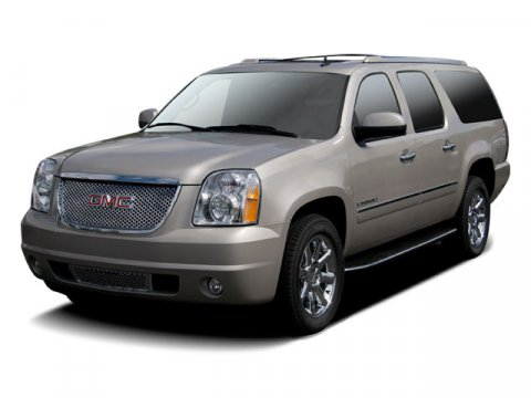 2009 GMC Yukon XL Denali 4DR 4WD 1500 White V8 62L Automatic 77545 miles  All Wheel Drive  T