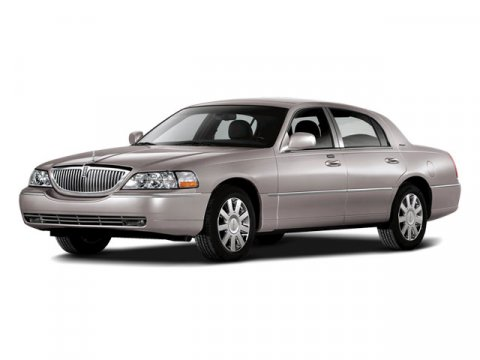 2009 Lincoln Town Car Signature Limited Vibrant White V8 46L Automatic 40679 miles  Rear Wheel