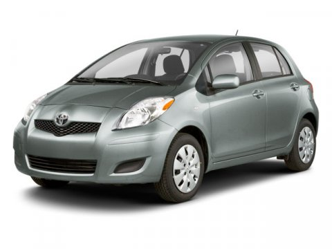 2010 Toyota Yaris Silver V4 15L Automatic 67652 miles CLEAN CARFAX  MANAGER SPECIAL and CE