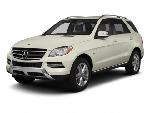 2013 Mercedes M-Class ML350 BlackAlmond Beige V6 35L Automatic 0 miles  BRUSHED ALUMINUM RUNNI