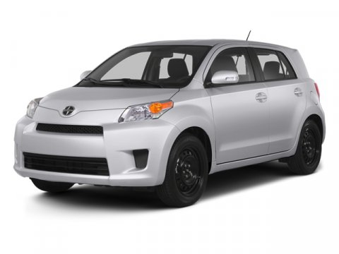 2013 Scion xD Classic Silver MetallicDark Charcoal V4 18L Automatic 0 miles  6-SPOKE WHEEL COV