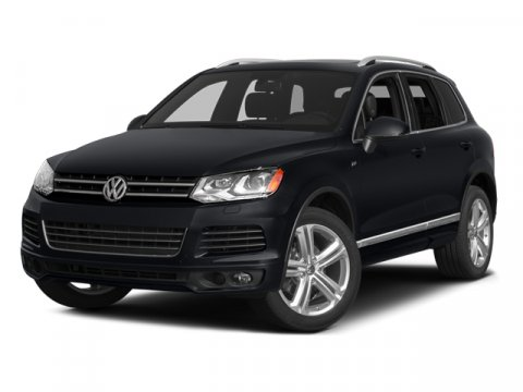 2014 Volkswagen Touareg White V6 36 L Automatic 43161 miles NEW ARRIVAL -BLUETOOTH HEATED F
