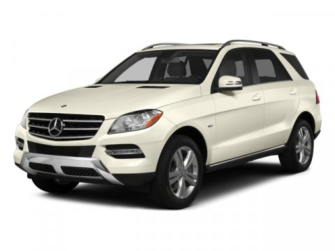 2015 Mercedes M-Class ML350 Steel GreyAsh Mb Tex V6 35 L Automatic 8 miles  Rear Wheel Drive