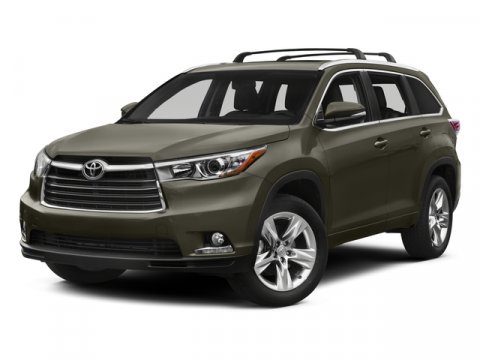 2015 Toyota Highlander LE Plus Blizzard PearlAlmond V6 35 L Automatic 0 miles  CARGO COVER RE