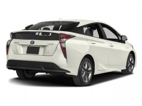 2016 Toyota Prius 01F7Classic Silver Metallic V4 18 L Variable 15747 miles  Front Wheel Driv