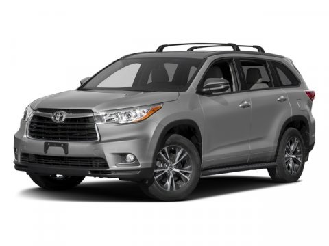 2016 Toyota Highlander XLE Midnight Black MetallicAsh V6 35 L Automatic 5 miles  CARGO COVER