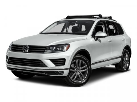 2016 Volkswagen Touareg Executive JJ V6 36 L Automatic 2930 miles The Volkswagen Touareg was