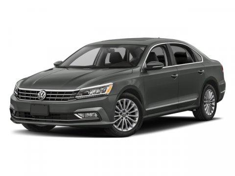 2018 Volkswagen Passat 20T SE GrayTitan Black V4 20L TSI Automatic 16665 miles CARFAX 1-OWN