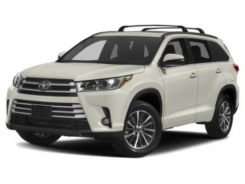2019 Toyota Highlander XLE Celestial Silver MetallicAsh V6 35 L Automatic 0 miles  99  Front