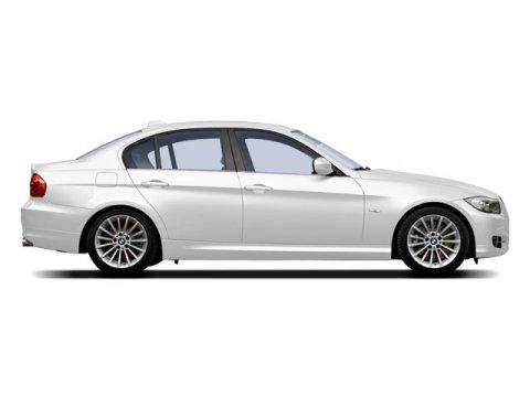 2009 BMW 3 Series 328i Alpine White V6 30L  45568 miles Keyless Start Rear Wheel Drive Powe