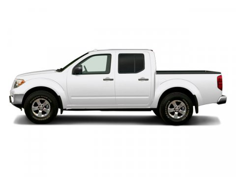 2009 Nissan Frontier 40L Avalanche White V6 40L Automatic 59371 miles From mountains to mud