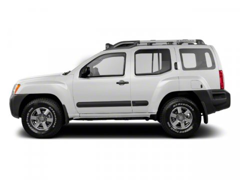 2010 Nissan Xterra Avalanche White V6 40L  59750 miles  Four Wheel Drive  Power Steering  4
