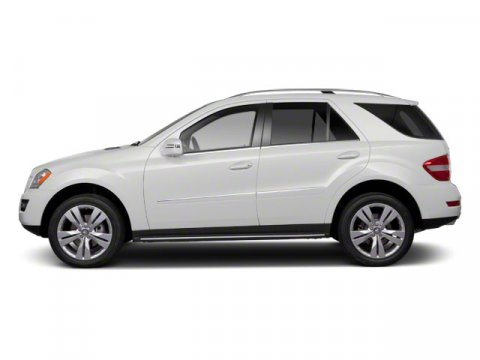 2011 Mercedes M-Class ML350 4MATIC Arctic WhiteJava Leather In V6 35L Automatic 33135 miles  A