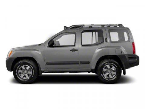2011 Nissan Xterra X Silver Lightning V6 40L Automatic 31348 miles  Rear Wheel Drive  Power