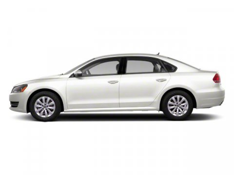 2012 Volkswagen Passat SEL Candy White V5 25L Automatic 47840 miles  Front Wheel Drive  Powe